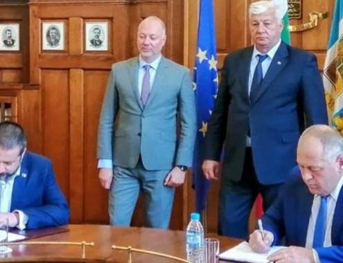Lantania en modernización de dos líneas ferroviarias en Bulgaria
