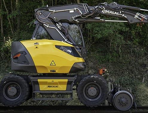 Mecalac lanza 216MRail, su nueva excavadora ferroviaria