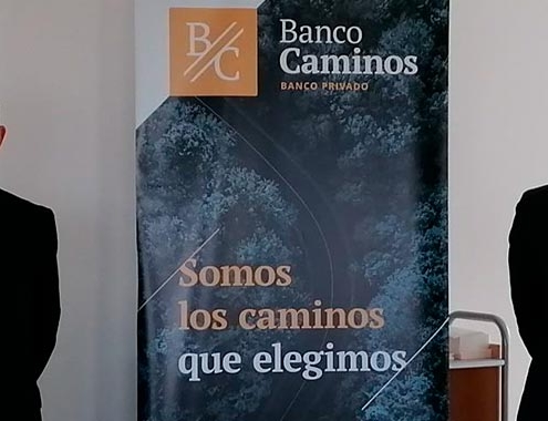 Banco Caminos y AEC unen fuerzas por la seguridad, la sostenibilidad y la conectividad de las carreteras