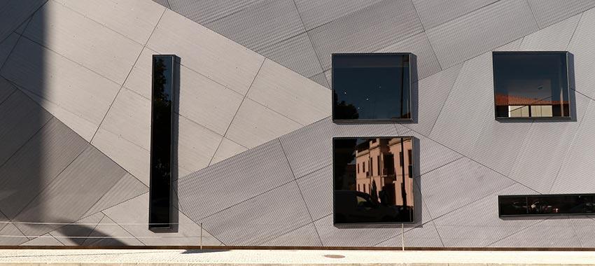 Relanzamiento de las fachadas ventiladas de fibrocemento Equitone [linea]