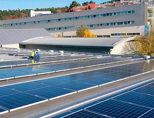 Voltfer pone en marcha las fotovoltaicas de Minas e Industriales de la Universidade de Vigo