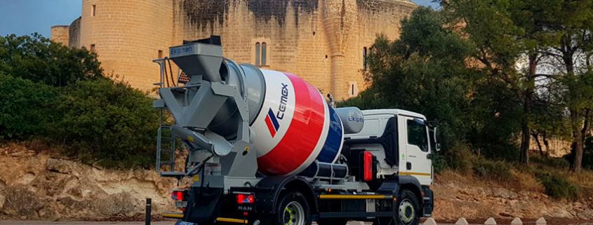 CEMEX amplía su flota de vehículos con hormigoneras de dos ejes