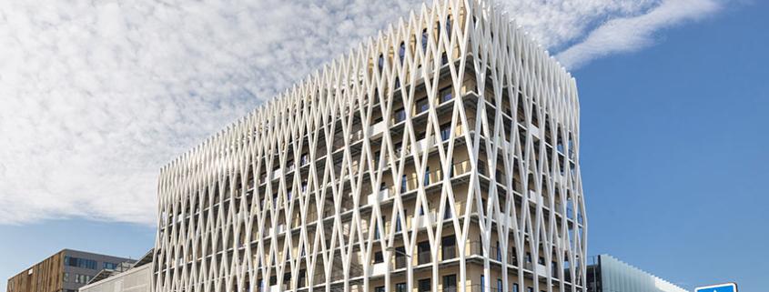 Palazzo Méridia, un edificio de oficinas realizado con madera, hormigón y sistemas de aluminio WICONA