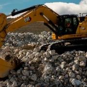 Excavadora Cat ® 374 de Nueva Generación
