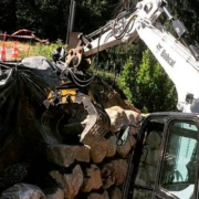 Muros de piedra seca: los nuevos equipos ayudan a las empresas y artesanos