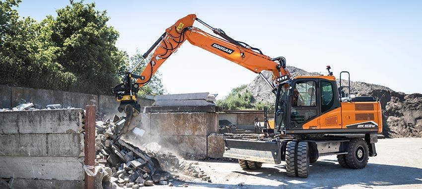 Nueva generación de excavadoras de ruedas DX140W-7 y DX160W-7 - 2