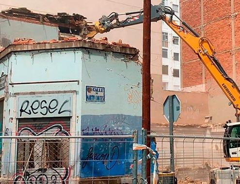 Áridos y Excavaciones Zuera apuesta por la excavadora de ruedas A 924 de Liebherr