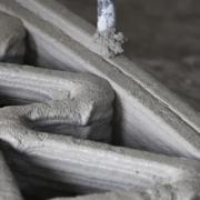 Línea de tren rápido del Reino Unido de hormigón impreso reforzado con grafeno