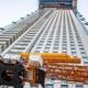 La grúa automontable Liebherr 34 K en el edificio más alto del Benelux