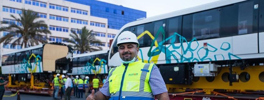 Dos primeros trenes autónomos Innovia 300 para el monorraíl de El Cairo