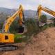 Primera excavadora de cadenas Liebherr R 936 Compact en Córcega