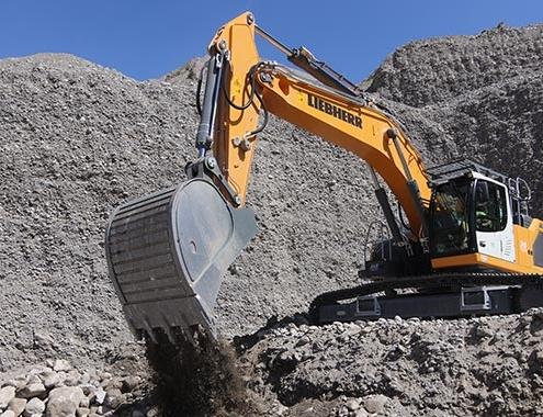 SAB compra excavadoras sobre cadenas y cargadoras de ruedas Liebherr