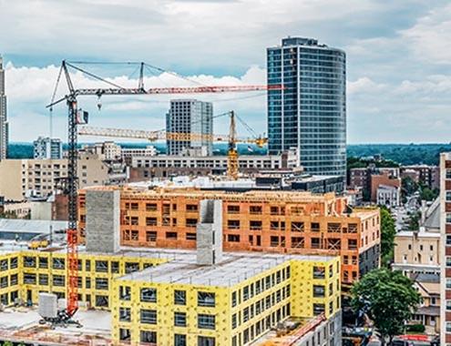 New York: Liebherr-Kran 125K está construyendo un edificio residencial